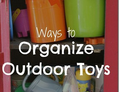 Outdoor play space organization