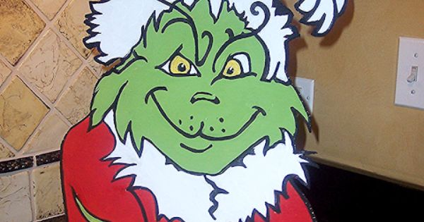 Grinch theme christmas decorating by serendipity refined for Bah humbug door decoration
