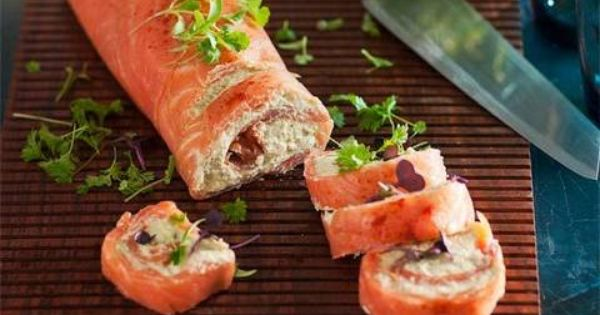 Smoked salmon and avocado roulade better homes and for Smoked salmon roulade canape