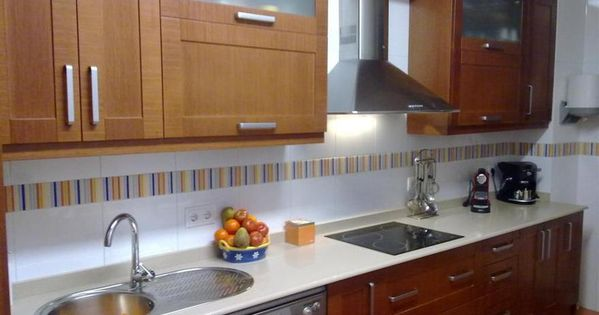Gabinetes de madera kitchen pinterest gabinetes de for Decoracion de gabinetes de cocina