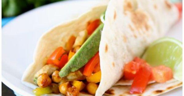 Roasted Chickpea Fajitas Recipe on twopeasandtheirpod.com Love these ...