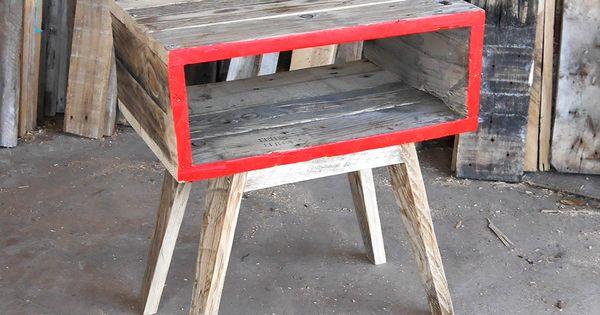 table de chevet en bois de palettes cr ation rdutemps design de r cup ration dans l. Black Bedroom Furniture Sets. Home Design Ideas
