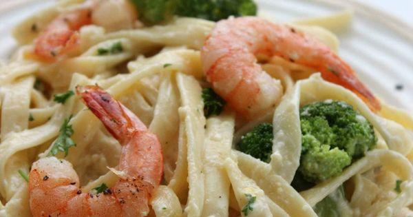 Shrimp And Broccoli Alfredo Copycat Olive Garden Recipe Pasta Recipes Easy Dinners And