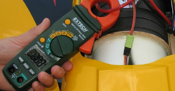 electric clamp meter the working principle application httphellowebzcomelectric clamp meter the working principle application clampmeter