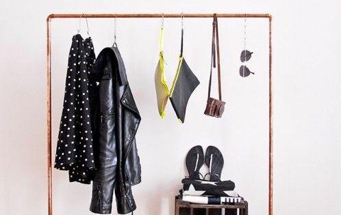 garderobenst nder diy kleiderst nder selber bauen recyceln bodenbelag holz kreativ pinterest. Black Bedroom Furniture Sets. Home Design Ideas