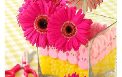 How to Make an Easter Peeps Centerpiece from Taste of Home. I