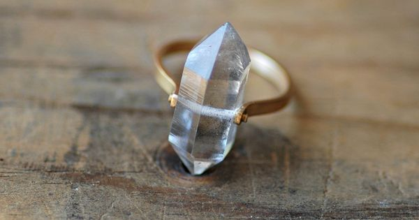 Engagement Ring with Hipster Value: Diamond Ring ~ hipsterwall.com hipster accessories Inspiration