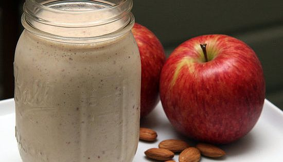 Harley Pasternak's Breakfast Smoothie Recipe It's almost like having apple pie in