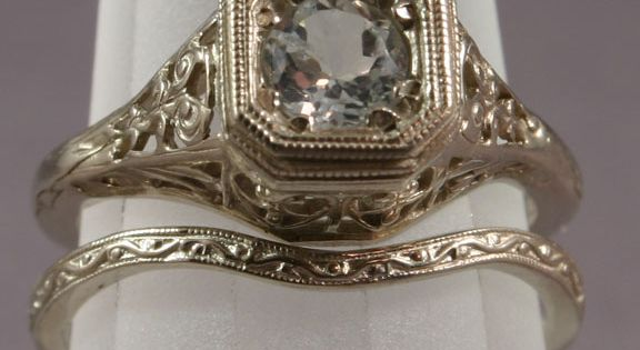 Antique Diamond Engagement Rings | Vintage wedding band set with beautiful detail.