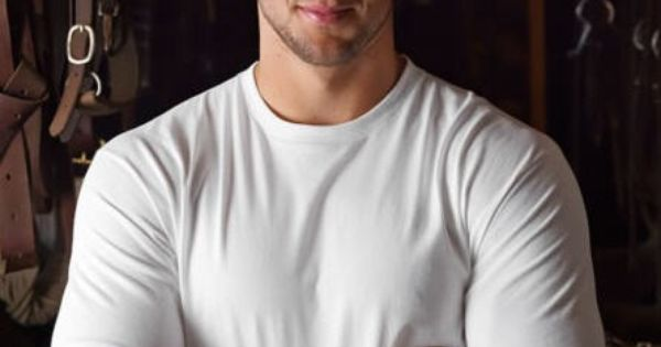Tim Tebow - Holy smokes this man is hot!
