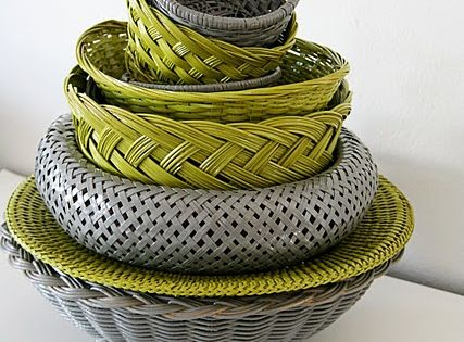 spray painted baskets ... great idea! hmmm wicker baskets can be cool