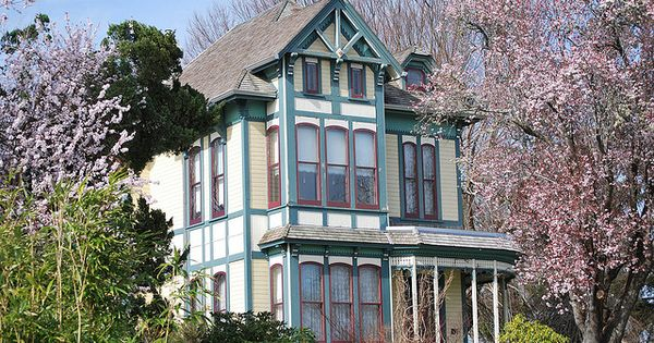 Victorian Victorian Houses And House On Pinterest