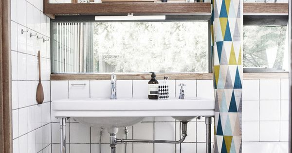 Ferm Living Shop — Spear Shower Curtain and laundry basket