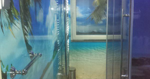 We wilden een iets anders dan tegel aan de muur wij hebben gekozen om de gehele badkamer een - Wat kleur aan een badkamer ...
