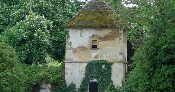 A 17th Century Listed Chateau In A Small Hamlet In The