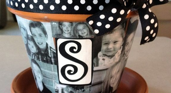 Mod Podge Photo Flower Pot. Great gift idea! I love modpodge!