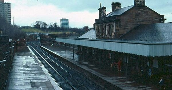 Paisley Canal Railway Station 1982 Pic Tom Burnham With