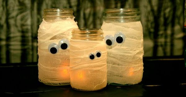 Mummy jars... I am so doing this! masonjars diy halloween Good idea