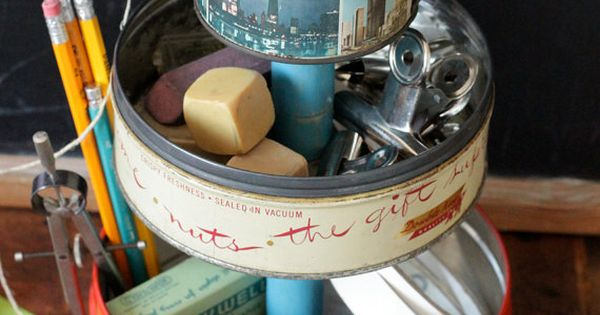 Make a caddy out of vintage metal tins! diy repurpose reuse upcycle