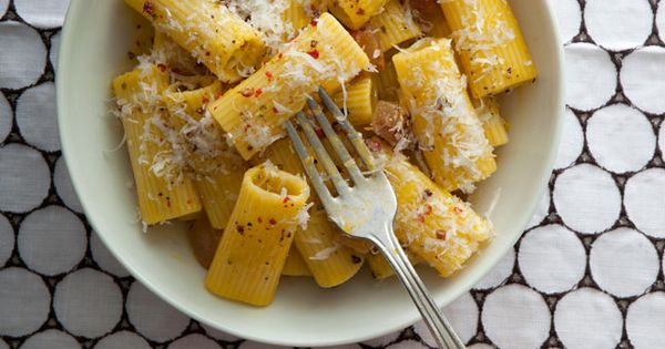 Pasta carbonara, Pasta and The world on Pinterest