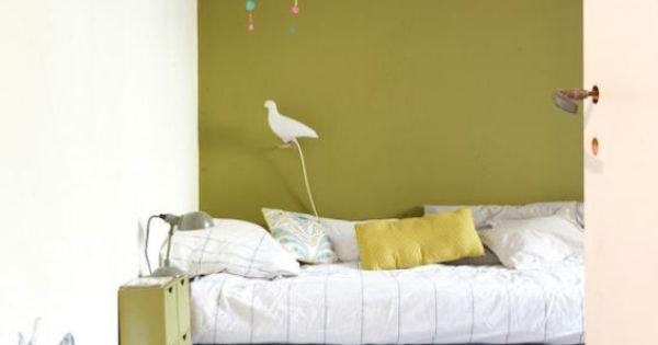 Association de couleurs r ussie pour cette chambre d - Mur vert olive ...