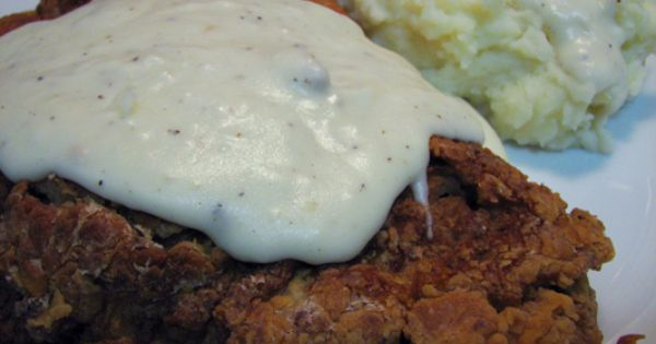 Restaurant style southern white gravy recipe saucepans homemade