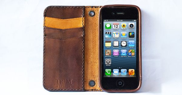 iPhone 5 Vintage leather wallet handmade via Etsy.