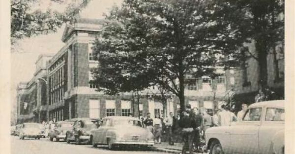 The old butler high school on east north street 1950 39 s for Log cabin restaurant zelienople pa