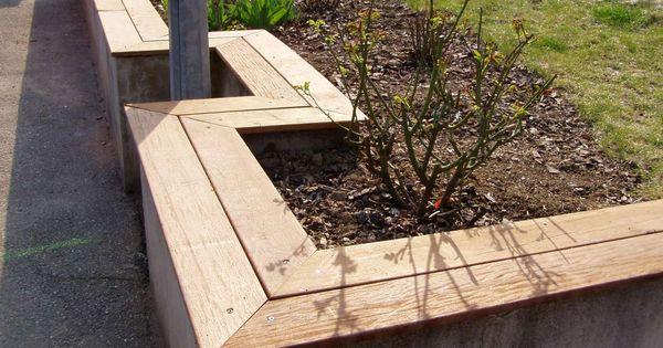 Muret bois recherche google muret de jardin id es for Muret bois jardin