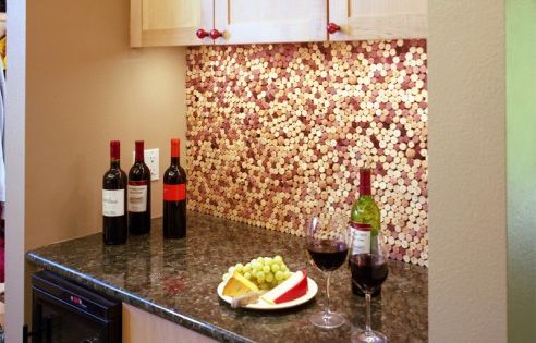 wine cork backsplash for wet bar area. adorable.! Perfect way to cover