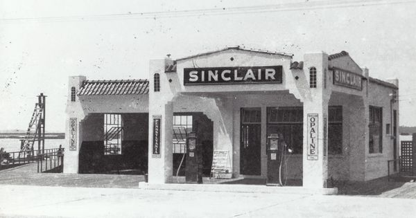 sinclair gas station bay street 1950s historic photos
