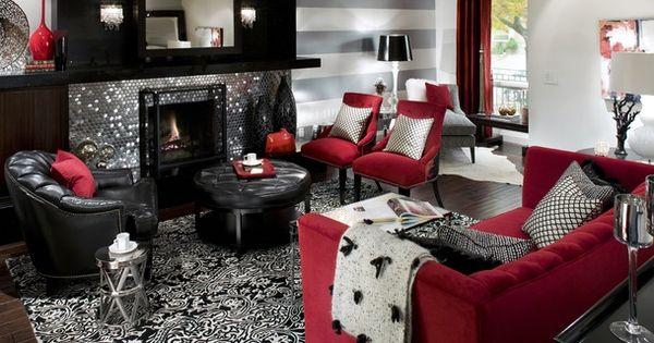 damask rug and that shimmering backsplash on the fireplace!!! love