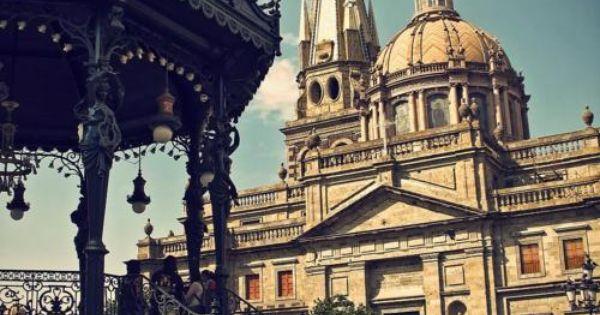 Leslie - La familia Jimenez vive 40 minutos de Guadalajara, Jalisco, Mexico.