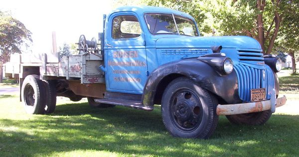 1942 Chevrolet 4400 1 1 2 Ton Flatbed Sold Chevrolet Trucks Chevrolet Chevy Trucks