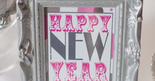 Free happy new year printable Christmas, New Year's Eve and The Three