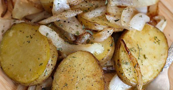 Pommes de terre la lyonnaises potatoes lyonnaise - Butter pomme de terre ...