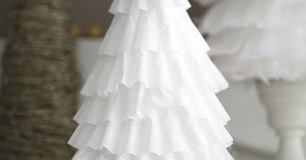 Using coffee filter to make frosted tree