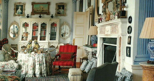 Chintz filled library in english country home lovely sitting room everything english Pinterest everything home decor