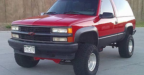 1995 Chevrolet Tahoe Sport 2 Doors 4x4 V8 Lifted Beautiful