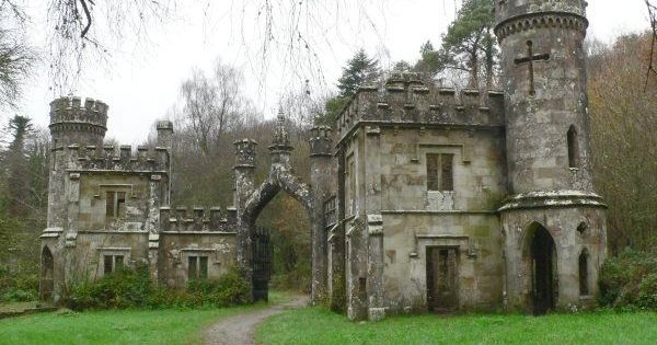 Abandoned castle in Ireland
