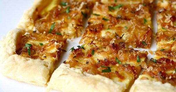 Onion tart, Tarts and Onions on Pinterest