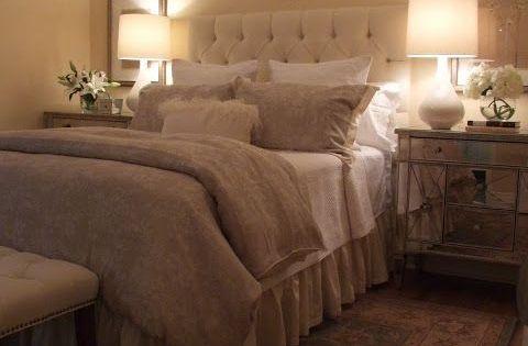 Beige Slaapkamer : Beige slaapkamers nachtkastje and on