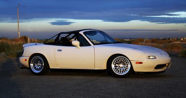 Mazda Millenia White Snow Milly Logbook: White NA Miata With Project-G G-String Bikini Top