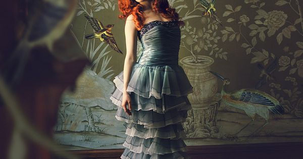 MISS ANIELA - ARTIST - SURREAL FASHION