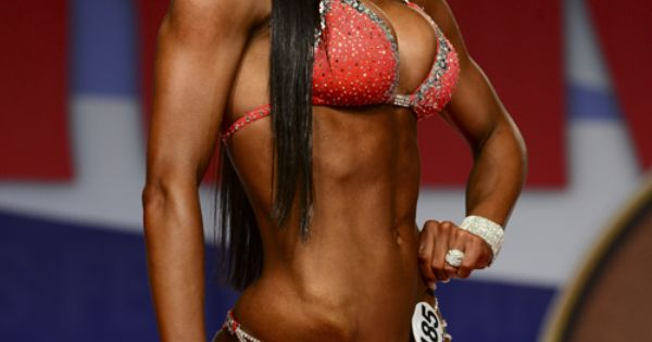 MAGNEA GUNNARSDOTTIR Fitness model competitor, Arnold