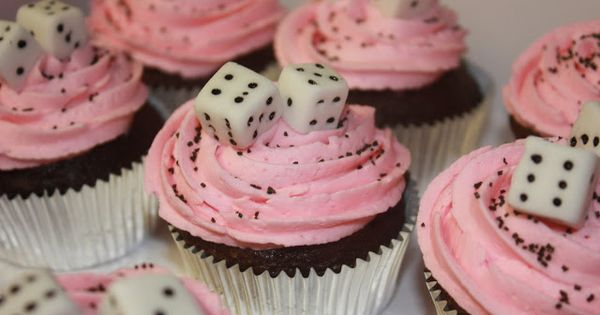 Cupcake using sugar cubes. Bunco!...............These would be so fun to have at