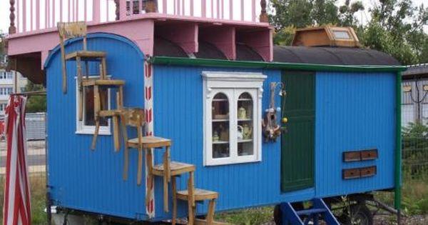 Zirkuswagen Oder Bauwagen Kleines Haus Aussen Haus Aussendesign Bauwagen