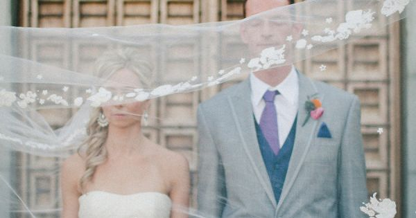 awesome veil shot Photography by wedding Wedding Ideas| http://best-awesome-wedding-inspiration.blogspot.com
