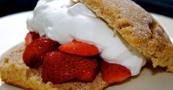 strawberry amaretto shortcakes | cooking, baking, & drinking ...