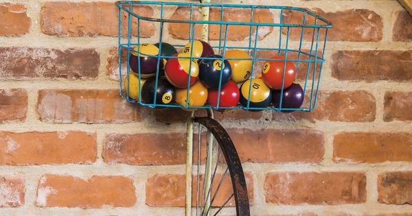 Front basket metal bicycle and planter wall decor for 70 bike decoration